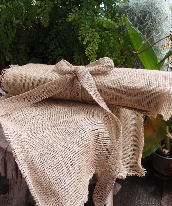 "16"" x 16"" Fringed Burlap Sheets (12 Pack)"
