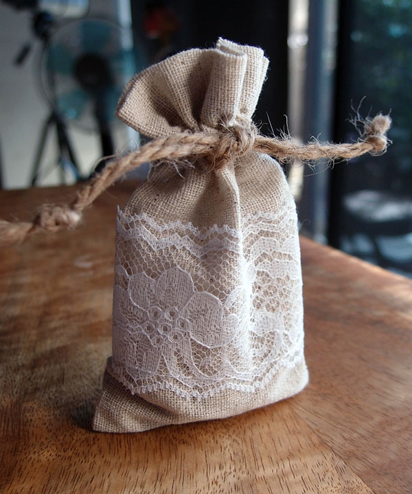 "3"" x 5"" Linen Drawstring Bags with Lace (12 Pack)"