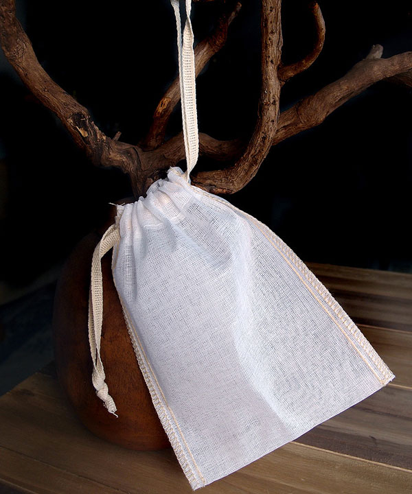 "Cheesecloth Bags with Ivory Serged Edge 4"" x 6"" (12 Pk)"
