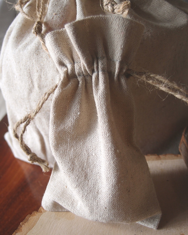 "4"" x 6"" Linen Favor Bags with Jute Cord (dozen)"