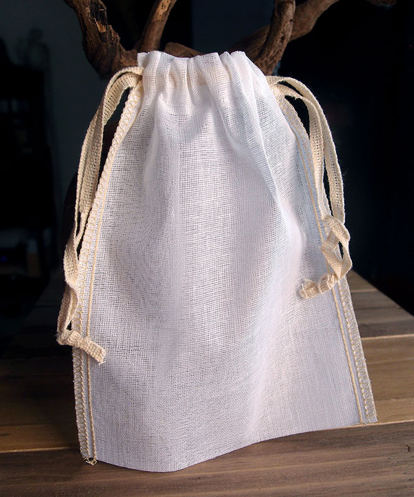 "Cheesecloth Bags with Ivory Serged Edge 5"" x 7"" (12 Pk)"