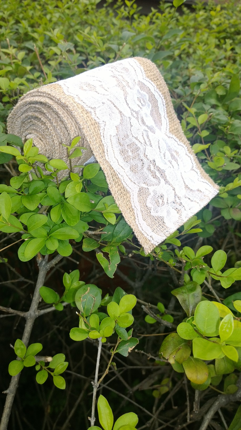 "5"" Wide Burlap 4"" White Lace Ribbon - 5 Yards (4"" Lace)"