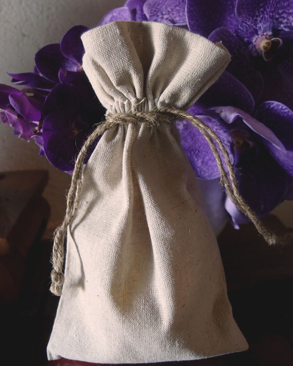 6 x 10 Linen Favor Bags with Jute Daw (dozen)