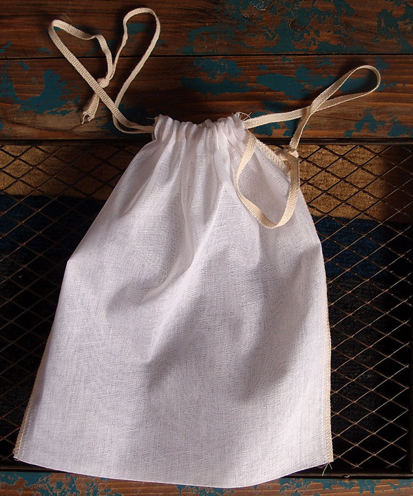 "Cheesecloth Bags with Ivory Serged Edge 8"" x 10"" (12 Pk)"