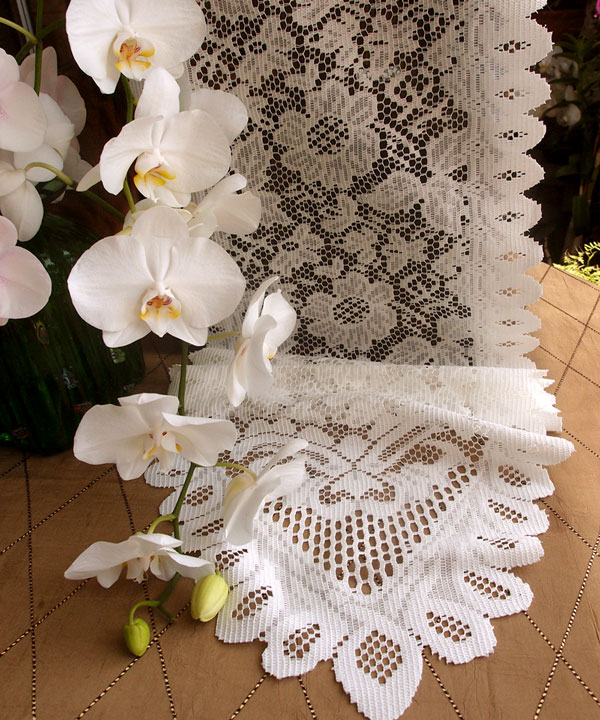 "Ivory Floral Lace Runner 13"" x 96"""