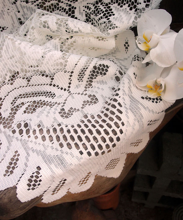 "Ivory Lace Table Runner - Floral Style 13"" x 120"""