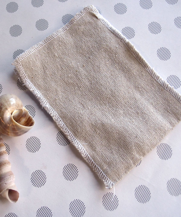 "3.5"" x 5"" Linen Pouch Bags with White Serged Edges (12 Pk)"