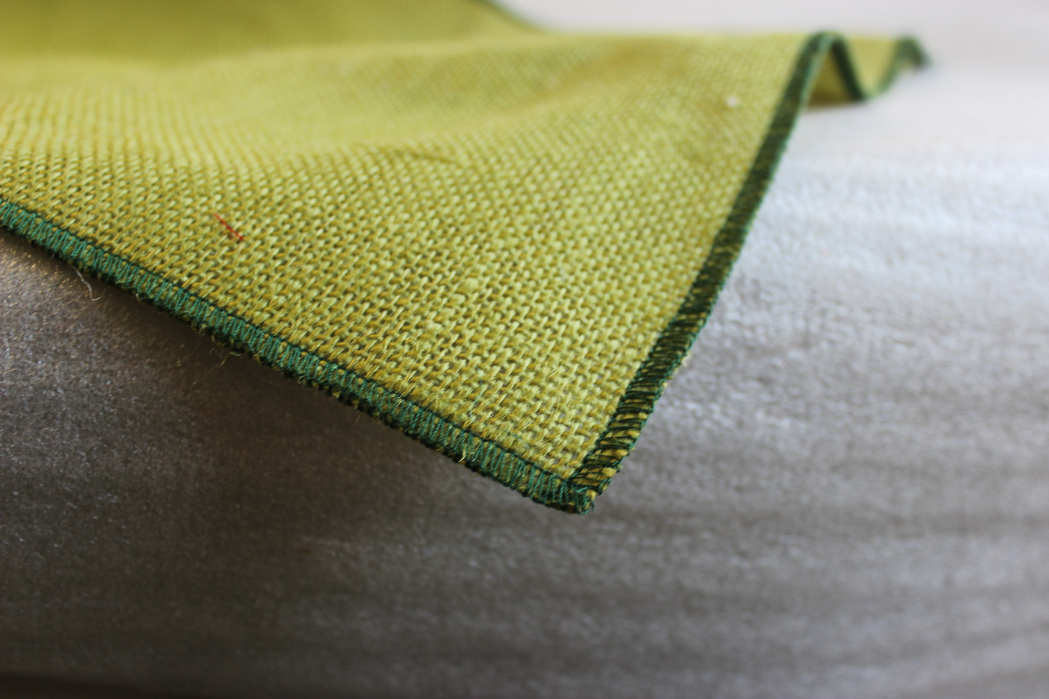 Colored Napkins - Avocado with Hunter Edge