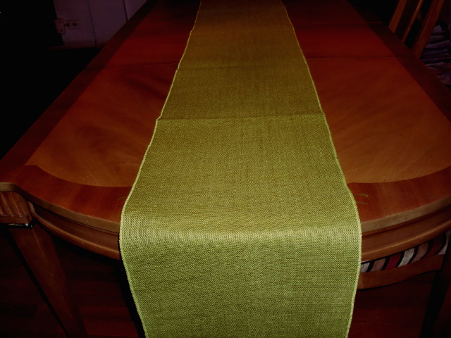 Avocado Table Runner