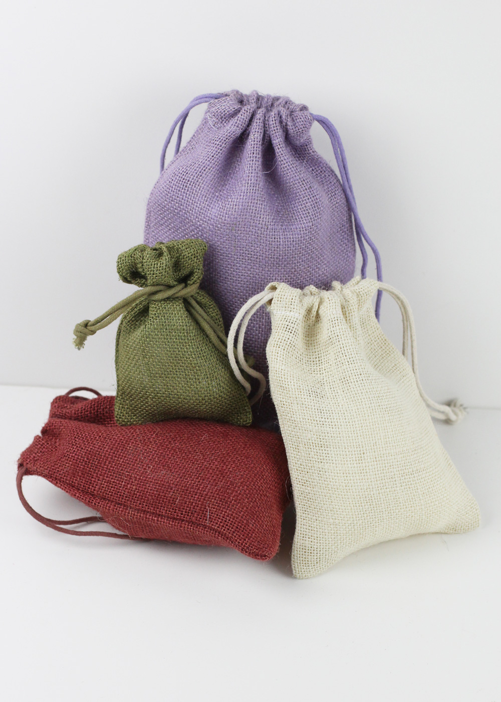 colored jute bags w jute string