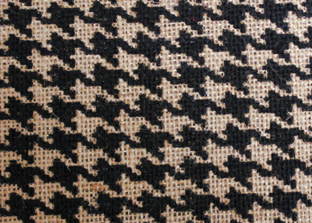 "60"" Houndstooth Grey/Black Burlap - By The Yard"
