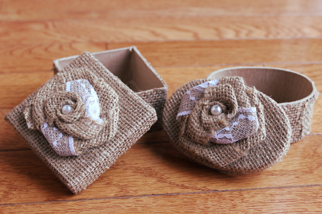 Burlap Jewelry Box