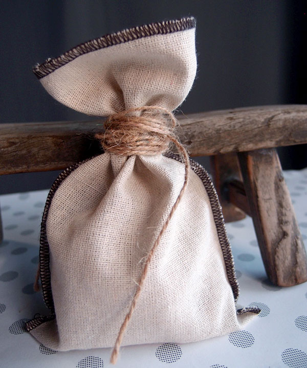 "5"" x 7.5"" Linen Pouch Bags with Brown Serged Edges (12/pk)"