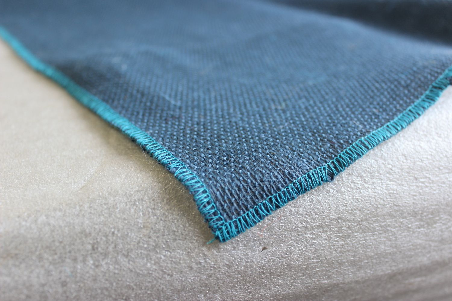 Colored Napkins - Navy with Turquoise Edge