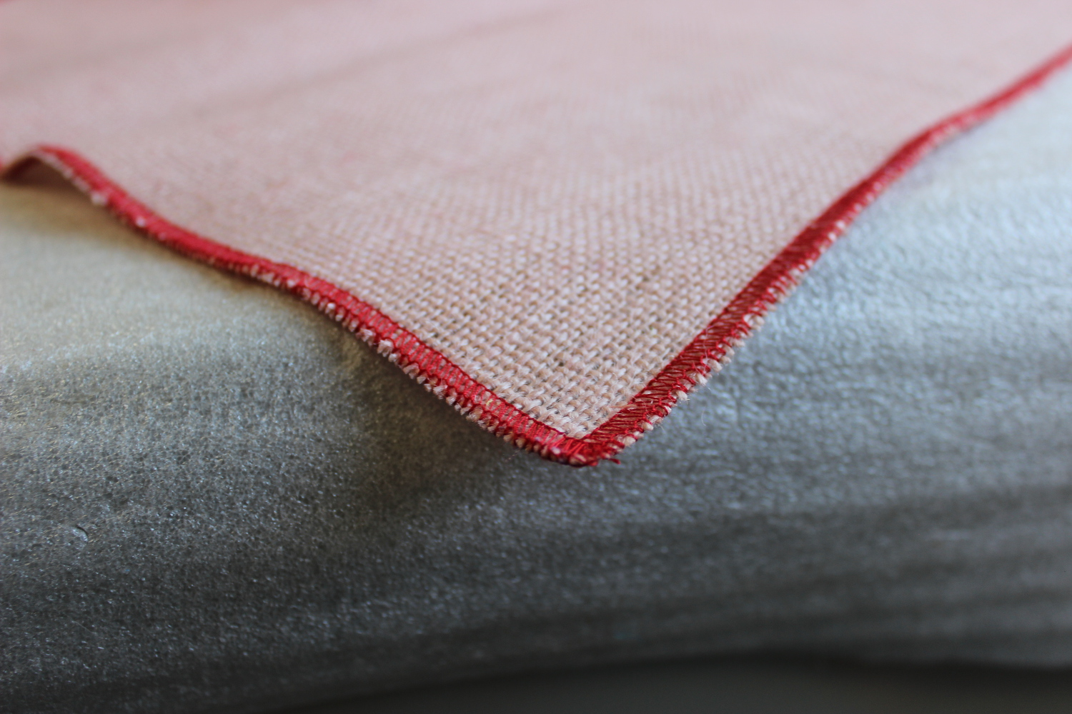 Colored Napkins -Peach with Red Edge