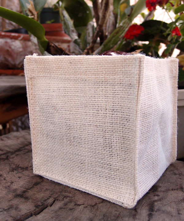 "White Burlap Vase Holder 6"" x 6"" x 6"" (12 Pack)"