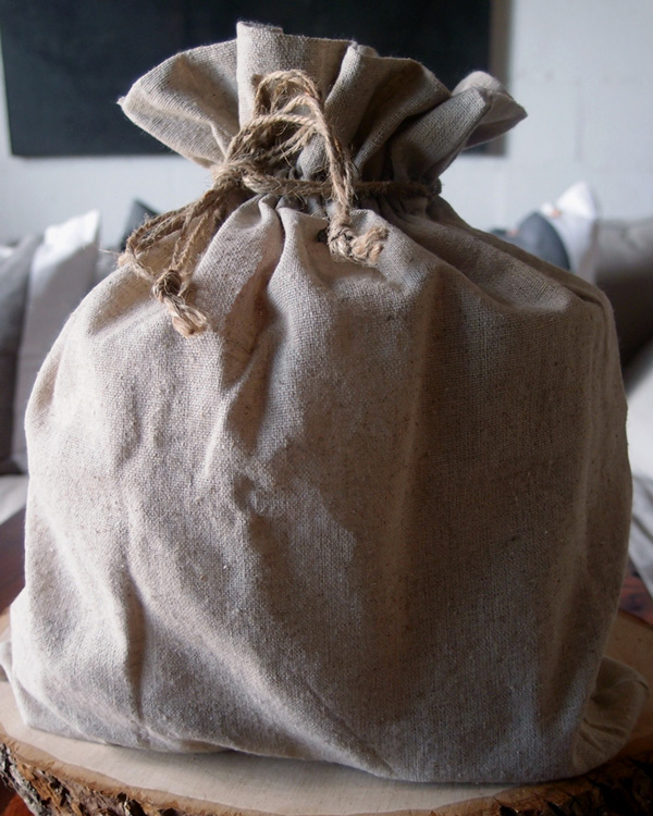 "Linen Favor Bag 12"" x 14"" with Jute Draw (12 Pack)"