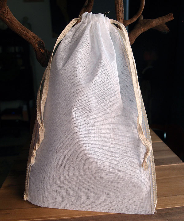 "Cheesecloth Bags with Ivory Serged Edge 6"" x 10"" (12 Pk)"