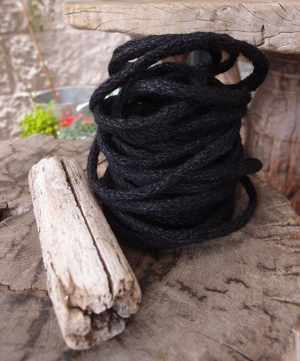 Black Wired Jute Twine (9 Yards)