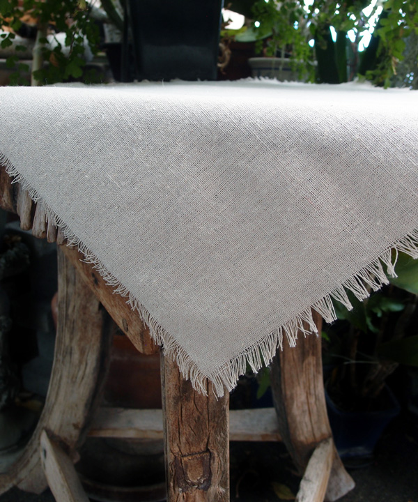 "20"" x 20"" Linen Squares with Fringed Edges (12 Pack)"