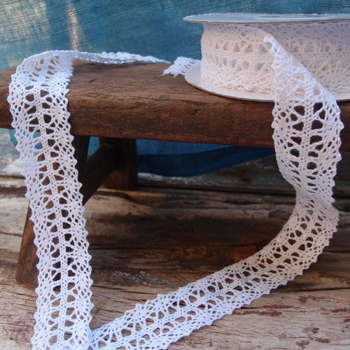 "1"" x 10 Yd White Crochet Lace Ribbon"