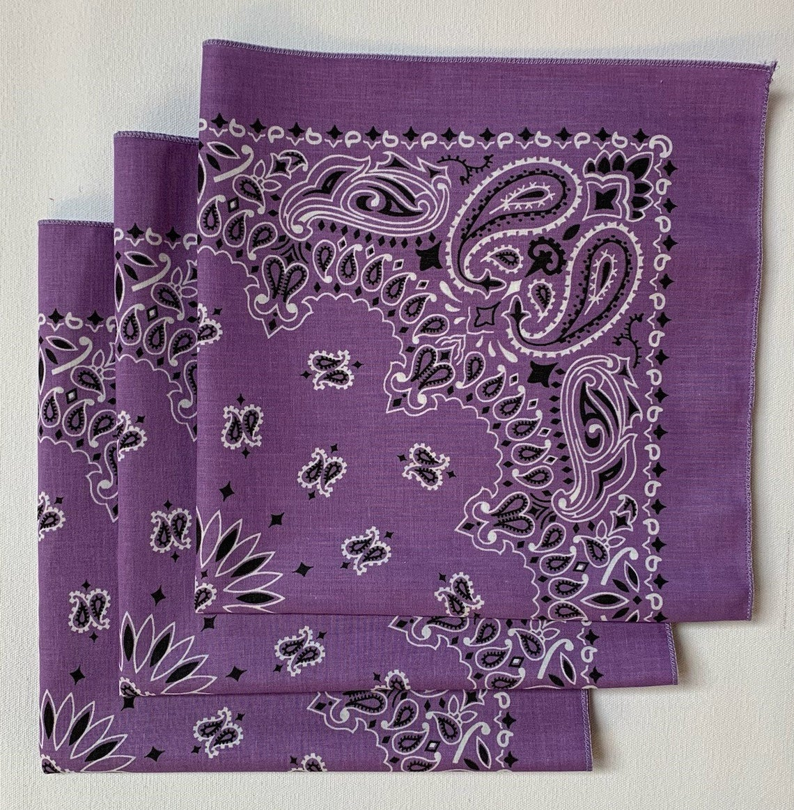 "Lavender Paisley Bandanas - Made In The USA (3 Pk) 22"" x 22"""