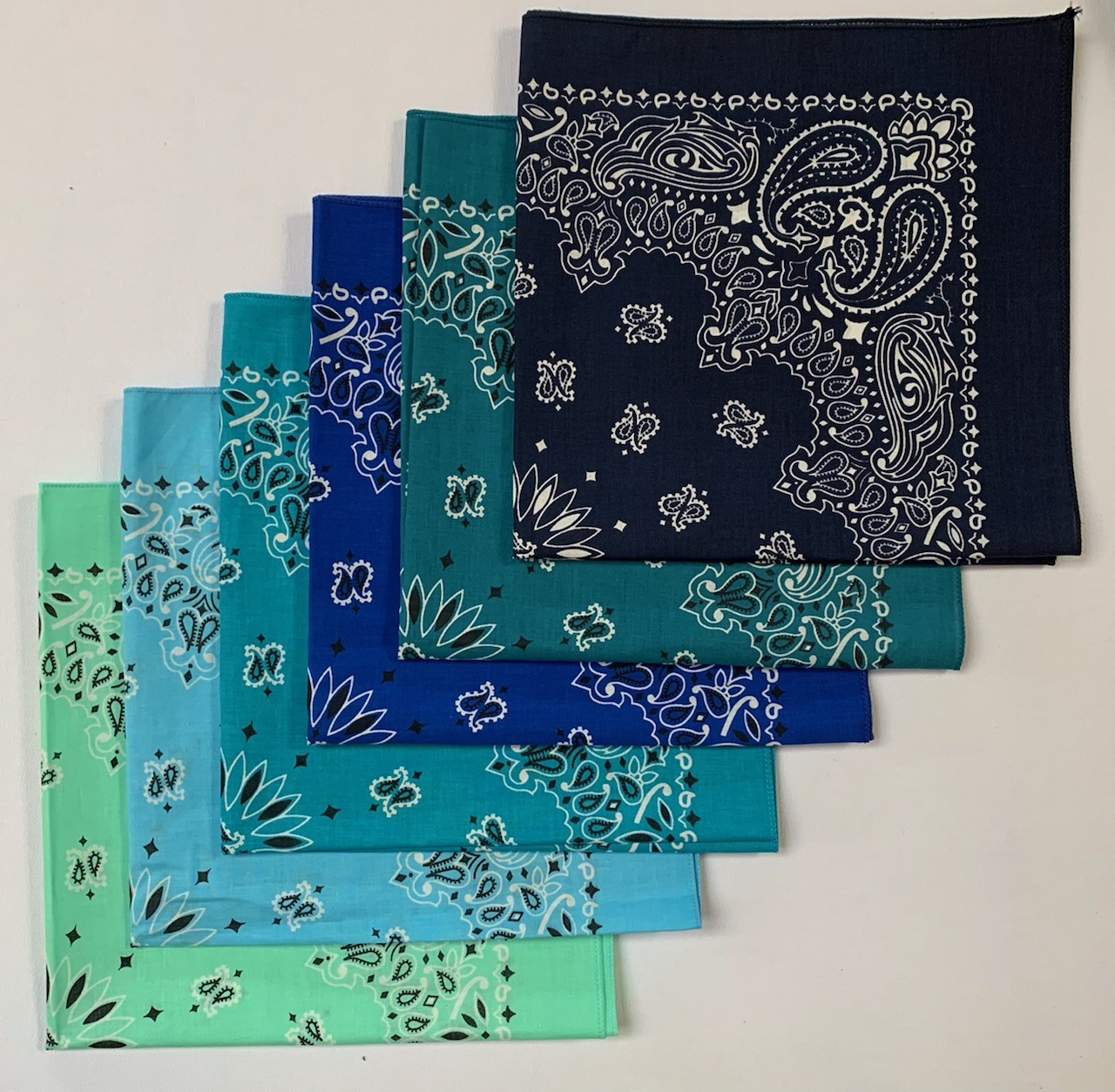 "Paisley Bandanas USA Made Assorted 22"" x 22"" - 6 Pack As Shown"
