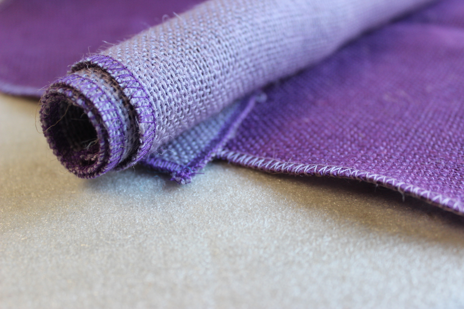 Set of Purple Runner Violet Edge w/ 4 Contrasting Napkins