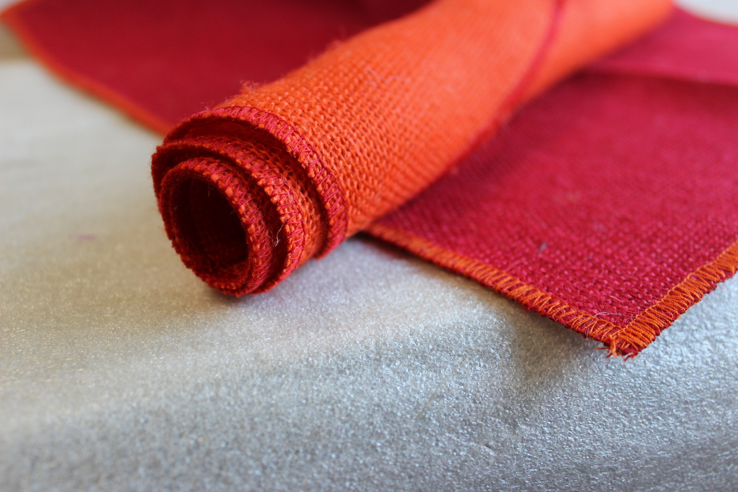 Set of Red Runner Tangerine Edge w/ 4 Contrasting Napkins