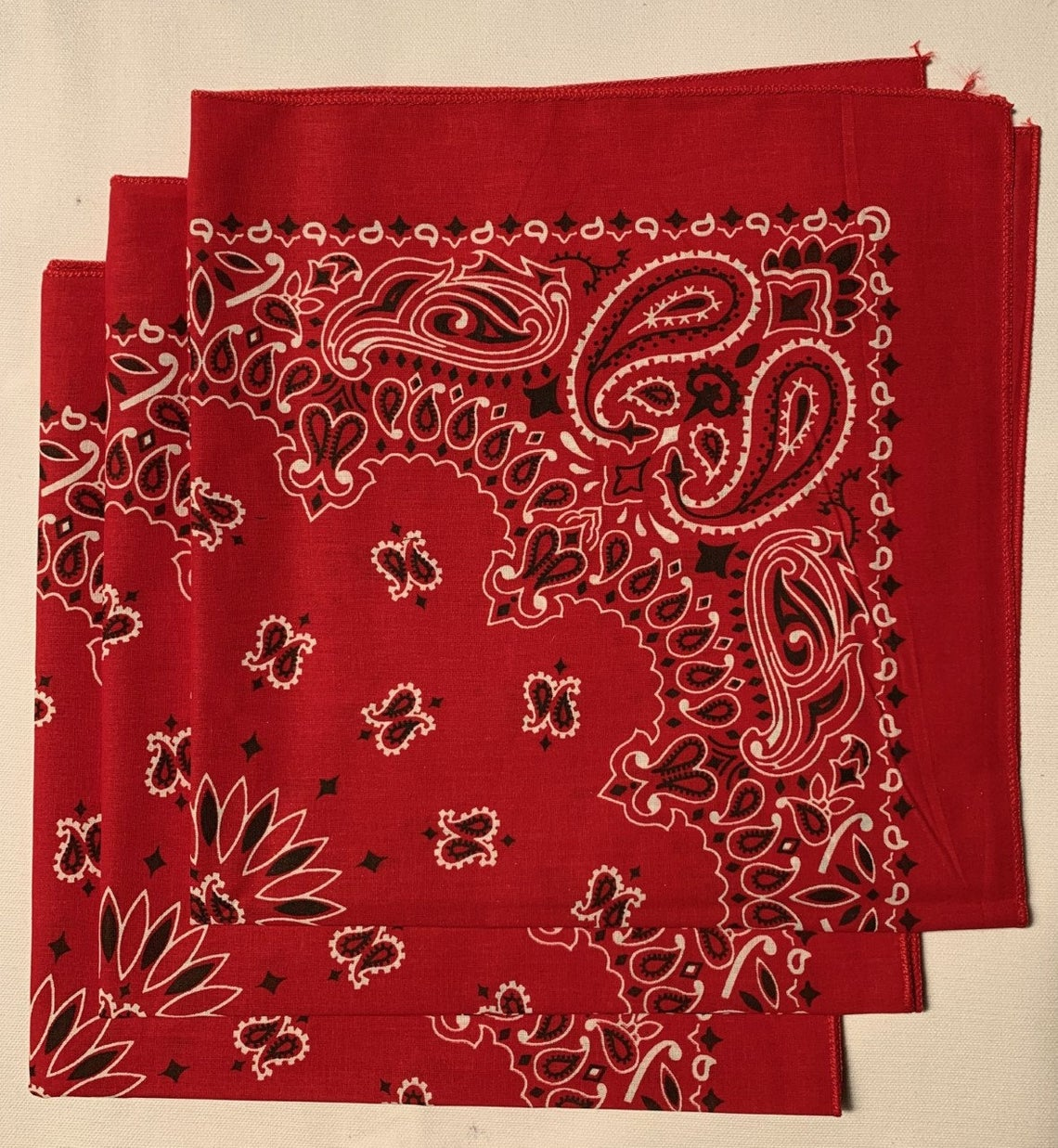 "Red Paisley Bandanas - Made In The USA (3 Pk) 22"" x 22"""