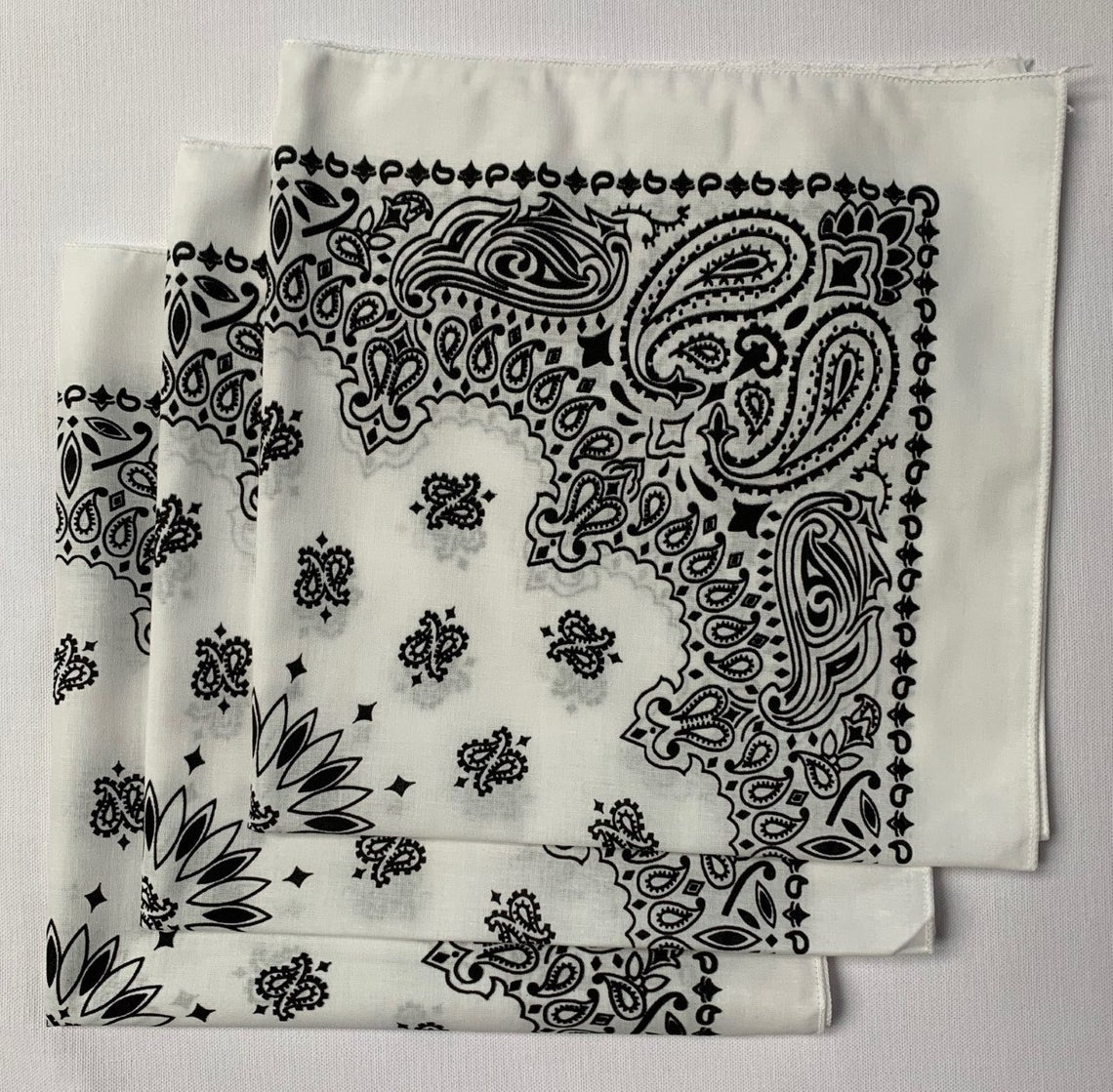 "White Paisley Bandanas - Made In The USA (3 Pk) 22"" x 22"""